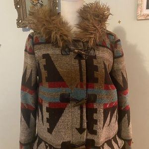 Forever21 Aztec pattern faux fur hooded toggle coat • size small